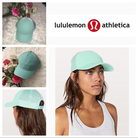 9f652dccdc39 lululemon athletica Accessories - EUC Lululemon Dash n Splash cap